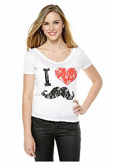 Derek Heart V-neck Graphic Tee