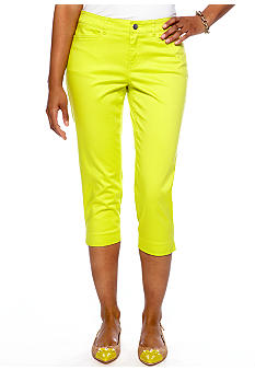 Madison Petite Solid Twill Crop Pant