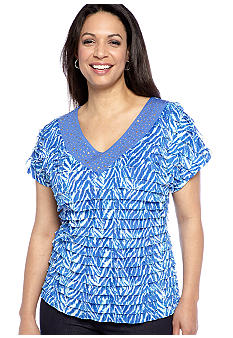 Kim Rogers Plus Size Printed Baby Eyelash Top