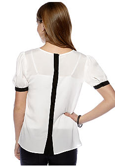 A Byer Short-Sleeve Button Back Top with Chest Pocket