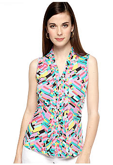 New Directions Petite Sleeveless Printed Pintuck Top