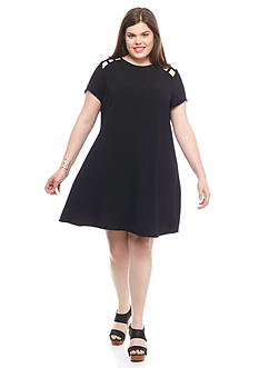 Speechless Plus Size Caged Shoulder Shift Dress