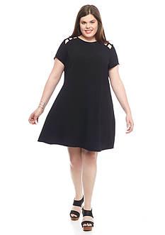 Speechless Plus Size Caged Shoulder Shift Dress