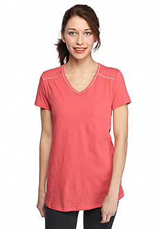 Columbia Women's Plus Size Everything She Needs V-Neckline Tee