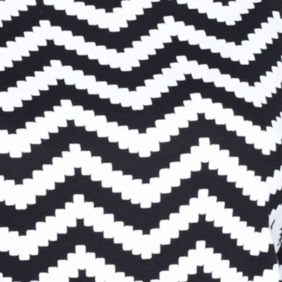 Kim Rogers Women's Plus Sale: Black/White Kim Rogers Plus Size Chevron Elbow Sleeve Top