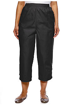 Kim Rogers Plus Size Three-Button Poplin Capri