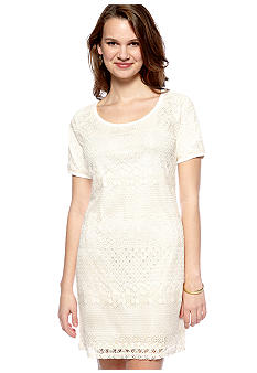 New Directions Petite Lace Dress with Back Keyhole Button