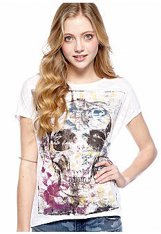 Eyeshadow Crop Skull Graphic Tee