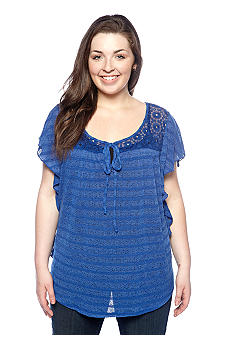 Eyeshadow Plus Size Flutter Sleeve Crochet Top