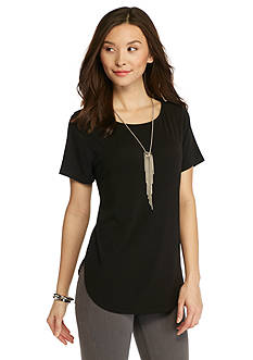 New Directions Petite Shirttail Hem Top with Necklace
