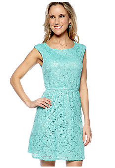 Romeo & Juliet Couture Lace Dress With Twist Back