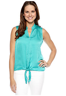 New Directions Solid Tie Front Hammered Top
