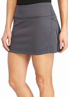 be inspired Solid Back Pleated Skort