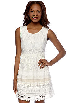 MM COUTURE by Miss Me Sleeveless Lace Dress