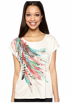New Directions Weekend High Low Placement Feather Print Tee