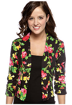 Red Camel® Three-Quarter Sleeve Flyaway Blazer
