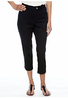 Skye's the Limit Petite Essential Zip Pocket Capri