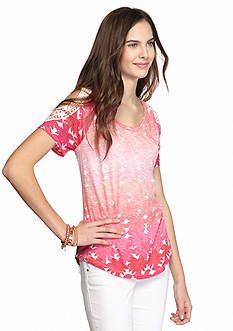 Chip & Pepper CALIFORNIA Cold Shoulder Crochet Sleeve Printed Tee