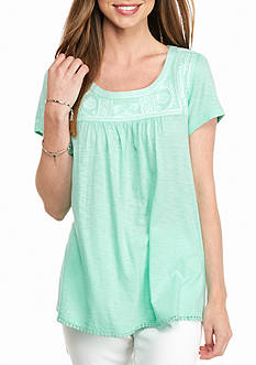 crown & ivy™ Embroidered Cap Sleeve Top