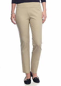 crown & ivy™ Petite Pull-On Pant in Short Inseam