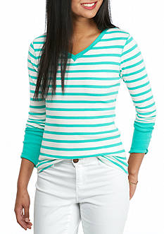 crown & ivy™ Petite Long Sleeve V-Neck Striped Tee