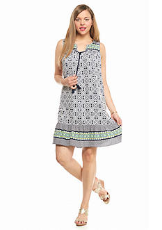 crown & ivy™ Plus Size Medallion Swing Dress