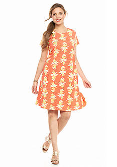 crown & ivy™ beach Plus Size Pineapple Swing Dress
