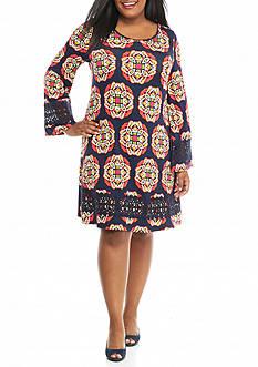 crown & ivy™ Plus Size Crochet Trimmed Swing Dress