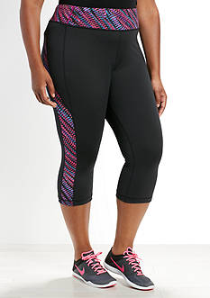 be inspired Plus Size Printed Panel Capris