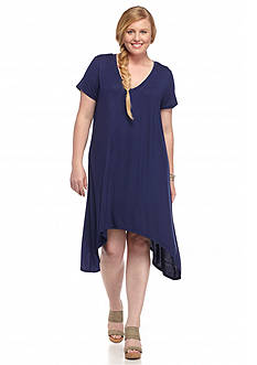 Almost Famous™ Plus Size Sharkbite Hem Tee Dress
