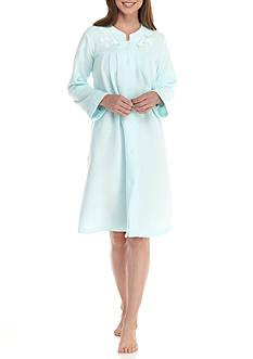 Miss Elaine Cuddle Fleece Short Grip Robe