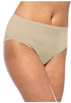 Vanity Fair® Tailored Seamless Hi-Cut - 0013211