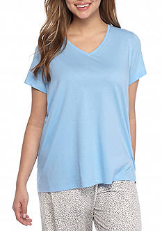 HUE Plus Size Short Sleeve V-Neck Tee