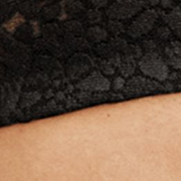 Average Figure Bra: Black Wacoal Halo Lace Strapless Bra