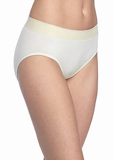 Jockey Modern Micro Seamfree Hi-Cut Brief - 2042