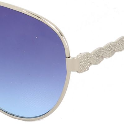 Women: Sunglasses Sale: White Steve Madden Twisted Temple Aviator Sunglasses