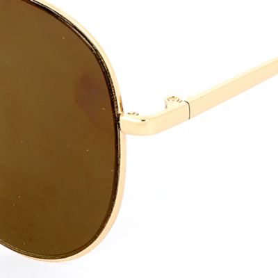 Men: Sunglasses Sale: Gold/Gold Steve Madden Flat Aviator Sunglasses