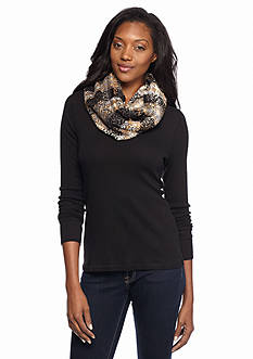 V Fraas Textured Plaid Boucle Infinity Scarf