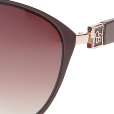 Women: Jessica Simpson Accessories: Gold / Brown Jessica Simpson Cateye Sunglasses