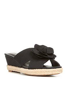 LifeStride Omega Sandal
