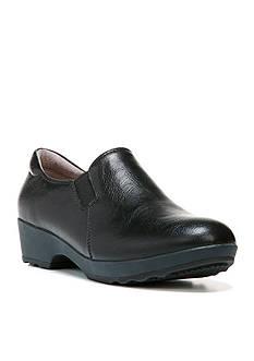 LifeStride Buzz Closed Back Shoes