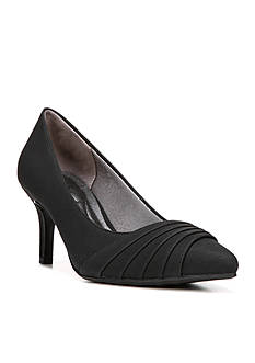 LifeStride Stacy Pump - Available in Extended Sizes