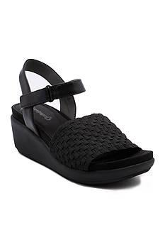 BareTraps Erker Wedge Sandal