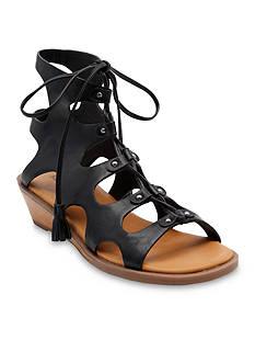 BareTraps Zander Shoe