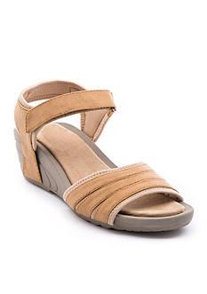BareTraps Boland Shoe