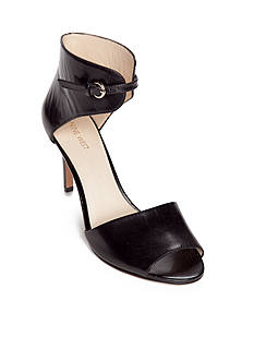 Nine West Isyouis Sandal