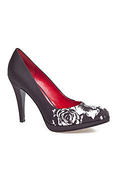 Nine West Rocha Pump-Extended Sizes Available