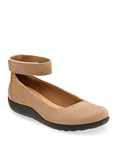 Clarks Medora Nina Shoe - Available in Extended Sizes