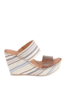 Born Cambria Wedge