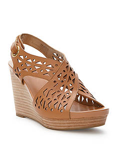 me Too Aubree Wedge Sandals